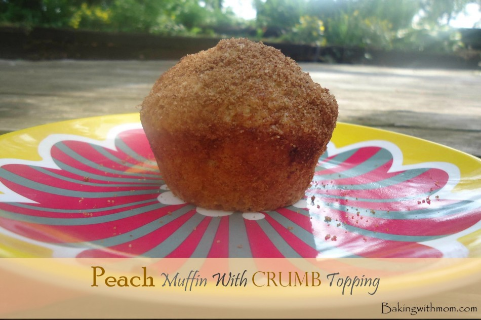 Peach Muffin With Crumb Topping