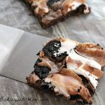 Marshmallow Oreo Brownie with spatula