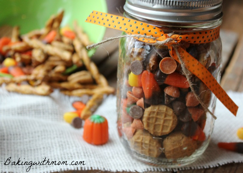 Fall Fun Mix Recipe-great for teachers gifts and great for snacking