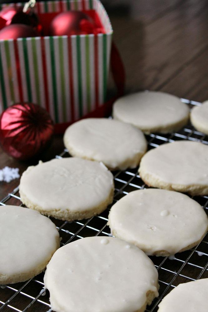 White Velvet Cookies recipe melts in mouth