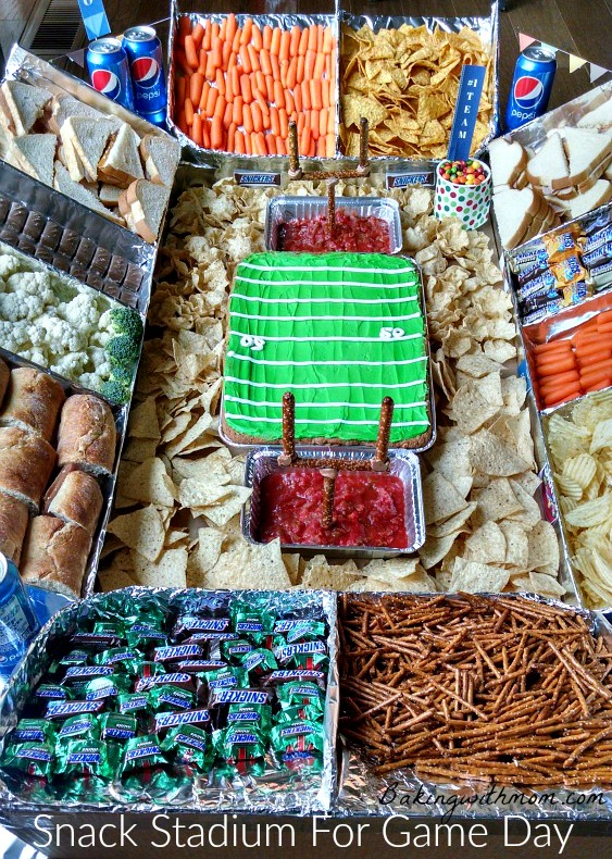 Snack Stadium for Game Day is a fun way to celebrate game day with your friends. #GameDayGlory #ad