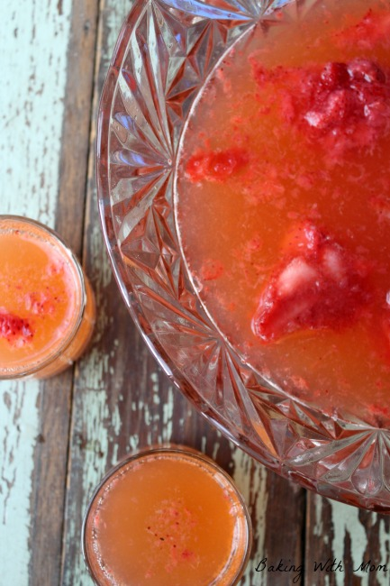 3 Ingredient Strawberry Punch
