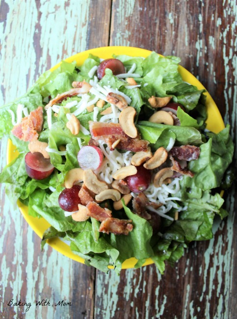 Cashew Salad With Poppy Seed Dressing #ad #FreschettaFresh