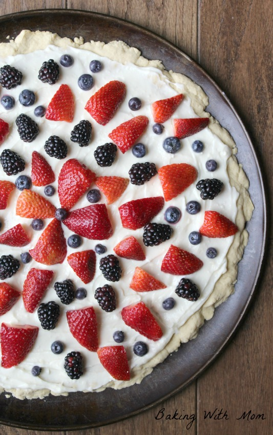 Sugar Cookie Fruit Pizza With Cream Cheese Filling