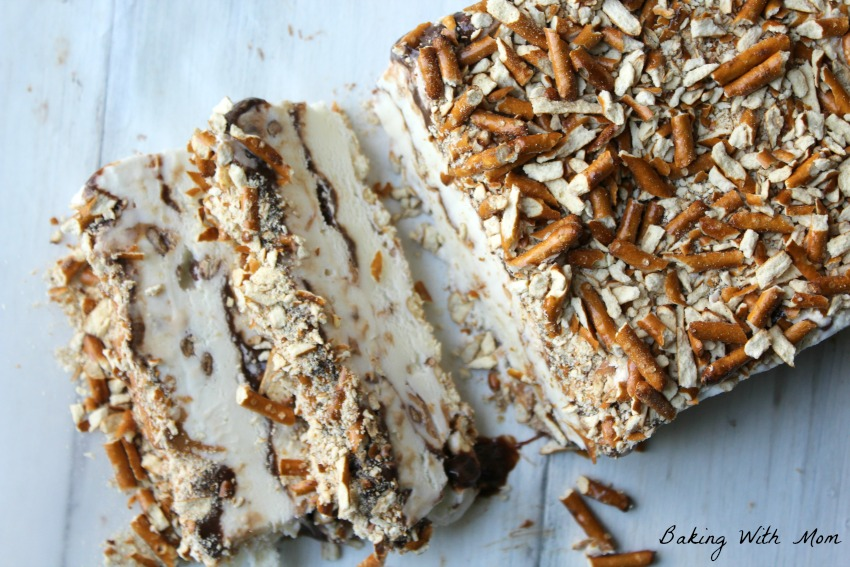 Peanut Butter Chocolate Ice Cream Cake #ad SoHoppinGood #BlueBunny