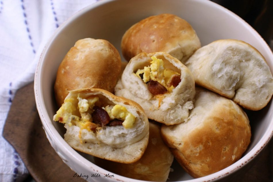 Breakfast Stuffed Biscuits with eggs, bacon, cheese and is freezable