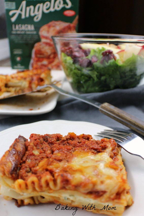Lasagna with Apple Cranberry Lettuce Salad #ad