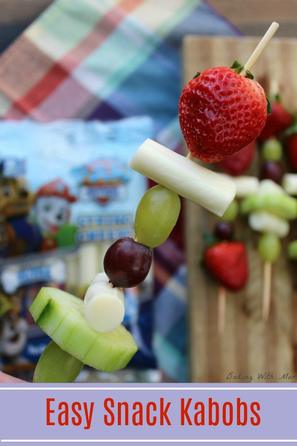 Easy Snack Kabobs with strawberries, grapes and cheese #ad