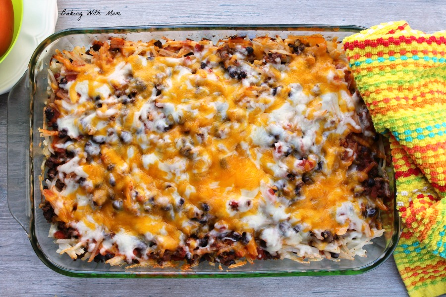 Baked cheesy taco hashbrown casserole