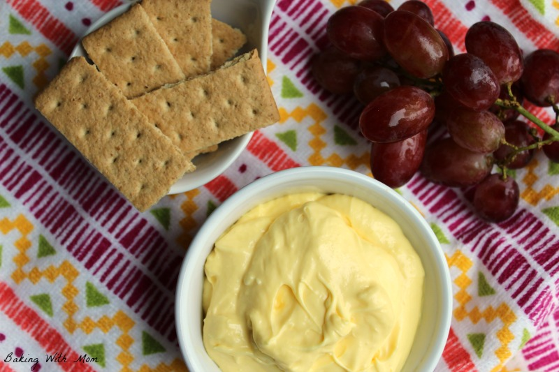 French Vanilla Dip with grapes and graham crackers